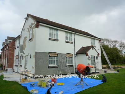 Replacing loose paint and render - Case Study 12, Image 4.