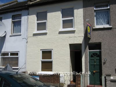 Replacing pointing & re-facing bricks then spraying protective wall coating - Case Study 3, Image 2.